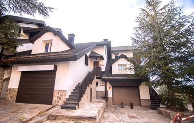 Photo for Luxury Chalet EL MADROÑO ASN