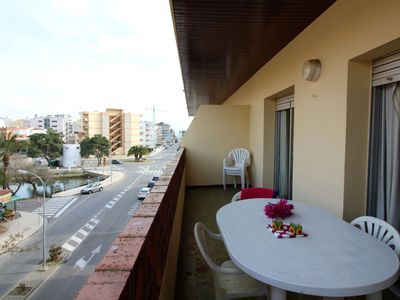 Photo for Very well located in the urbanization of Santa Margarita, close to shops and beach. 35m