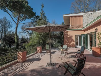 Photo for Villa with a private garden and view on St. Peter's in the heart  of Rome