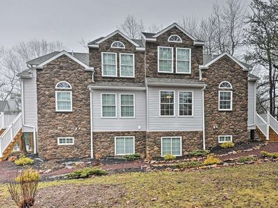 Photo for NEW! 6BR Lake Harmony Townhome - Walk to Ski Lifts