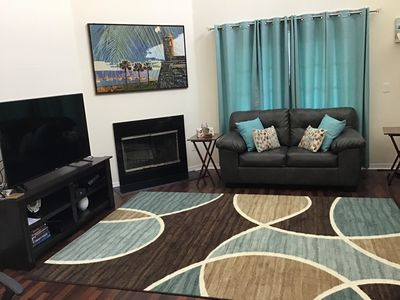 Gorgeous newly decorated 3 Bedroom Townhome minutes from Clearwater Beach
