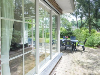 Photo for A spacious and pleasant house in the woods of Beekbergen. Free WiFi.