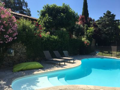 Photo for Quiet villa, ideal for family, with pool and stunning views