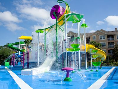Photo for Resort with free waterpark, 1 1/2  miles from Disney!