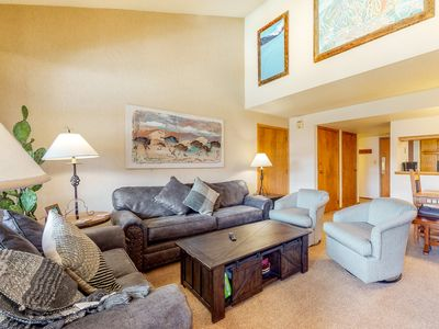 Photo for NEW LISTING! Beautifully furnished condo w/ sunroom & easy access to slopes!