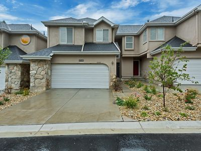 Photo for Huge 2700 Sq Ft 4 Bedroom 4 Bath - 15 Minutes From Snowbird, Just Renovated!