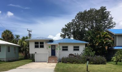 Photo for FMB Great Beach Cottage! 2 BD 2 BA * Walk to Beach & Times Sq * Fenced Yard!