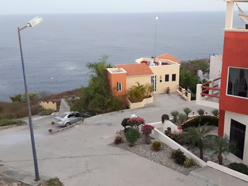 Panoramic Ocean View Home for Rent