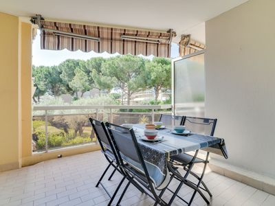 Photo for Apartment Le Provence in Golfe Juan - 4 persons, 1 bedrooms
