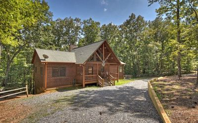 GREAT FAMILY RETREAT TIME IN THE NORTH GEORGIA MOUNTAINS OF BLUE RIDGE
