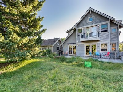 Photo for Beautiful Upscale Riverfront Downtown Bend with Sauna, Walk downtown & Old Mill