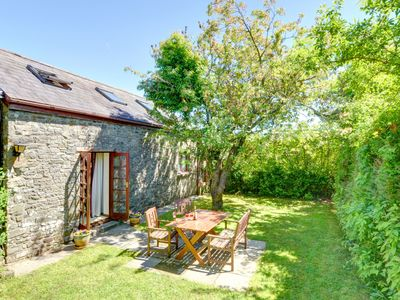 Photo for Centrally located home near the gardens and castle of West Wales