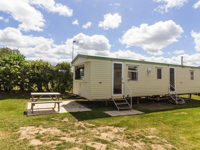 Photo for 8 berth caravan for hire nr Great yarmouth on California cliffs park ref 50033C