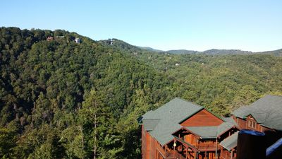 Photo for JUNE 29 - JULY 6 FIVE STAR RESORT IN GREAT SMOKY MTNS. W/FREE WATERPARK, PETS OK