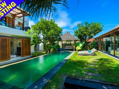 Photo for Gorgeous 3 bedroom villa, amazing location Seminyak'