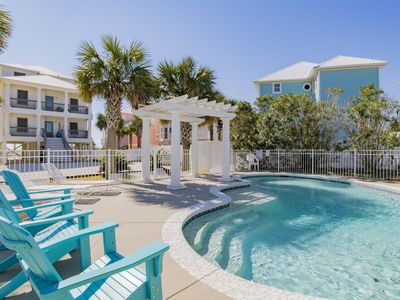 """Photo for """"Romar House at Beachside""""Great Location-Gulf-Front Home-Private-Pool.Sleeps 21"""
