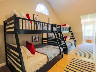 Photo for Great for Families: Huge Kids Room & Dog Friendly! 7 Min Walk to Beach! Quick Access to Downtown!