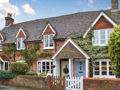 Photo for 2 bedroom accommodation in Crondall, near Farnham