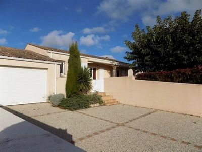 Photo for Villa Saint-Palais-sur-Mer, 3 bedrooms, 6 persons