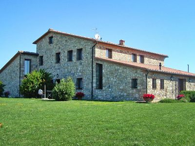Photo for Holiday resort La Colombaina  Casa Vacanze, Volterra  in Um Florenz - 5 persons, 2 bedrooms