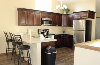 NEW!4 Master Suites-NearI-80-5Minutes Downtown-GamedayTranportation if requested