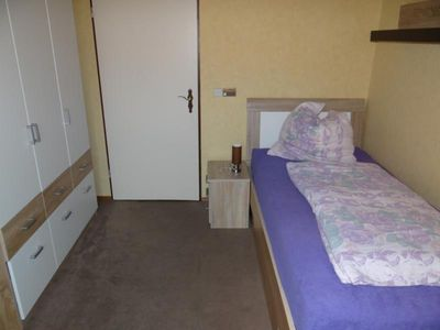 Photo for Comfortable 4-room-kitchen-bathroom apartment / fitter accommodation with parking space