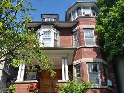 Photo for Midtown Toronto Prime Casa Loma - Forest Hill - Bright New Large Luxury Suite