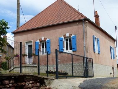 Photo for Gite Saligny-sur-Roudon, 2 bedrooms, 5 persons