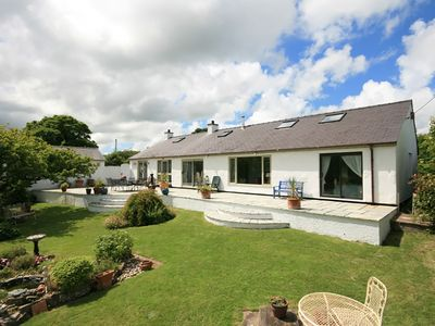 Photo for TY'N CAE, pet friendly, with open fire in Red Wharf Bay, Ref 1009090