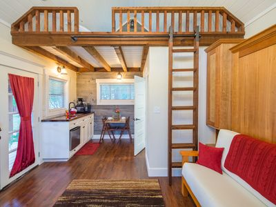 Photo for Country Tiny House - 10min to Silos at Magnolia (#3)
