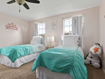Photo for Lake Front Retreat - Spring Availability ! Minutes from Disney, 4 Masters