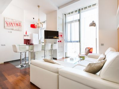 Photo for Luxury Central Angel one bedroom apartment in Barcelona
