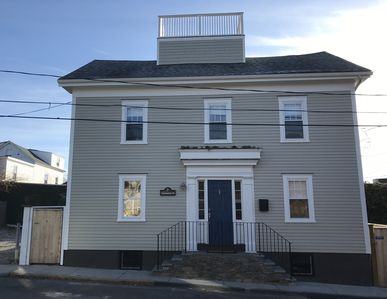 Photo for Stunning 4 Bed/3 Bath w/ Roof Top Deck in the Heart of Newport