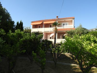 Photo for Entertainment for 2-5 people only 20m from the beach, Quiet location with barbecue!