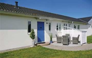 Search 72 holiday rentals