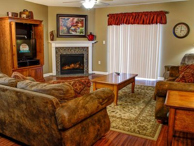 Exceptionally Clean, King Beds, Virtual Checkin, 4 BR