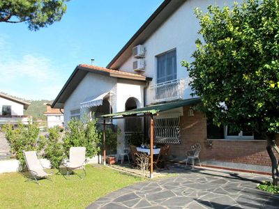 Photo for Apartment Casa Noah (COS270) in Corsanico - 4 persons, 2 bedrooms