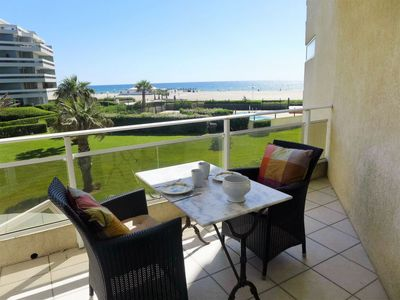 Photo for Canet-Plage Apartment, Sleeps 4 with Pool and WiFi