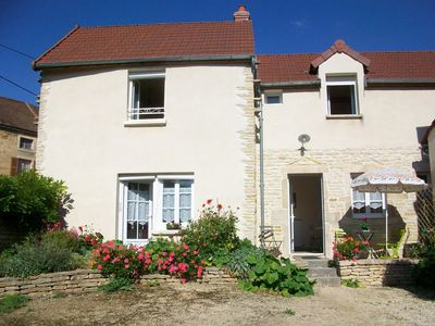 Photo for * * * 10 mn de BEAUNE country holiday home - 3 rooms - 4 persons
