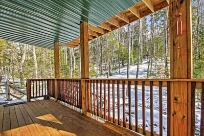 Relax on the deck and enjoy your gorgeous surroundings.