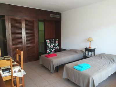 Photo for Apartment T0 70 meters from Praia da Rocha