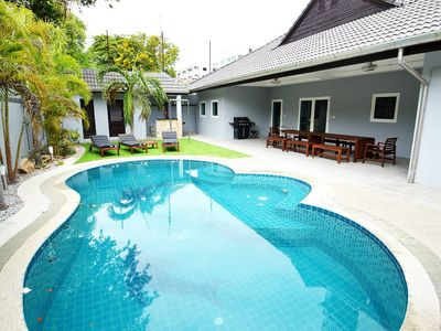 Photo for Luxury 4br Pool Villa W/bbq Billiards And More!