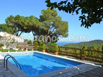 Photo for Renting a holiday home for 6 people on the Costa Brava