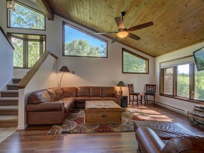 Photo for Kid (And Kid-at-heart) Friendly Townhome With Stunning Views!