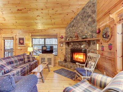 Photo for Dog-friendly cabin w/fireplace, hot tub, grill, private deck near Blue Ridge!