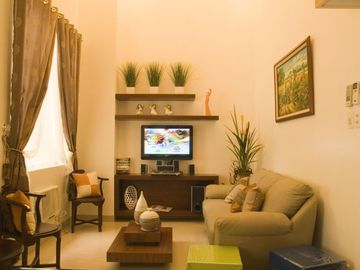 Affordable Condo W/ Loft at Bonifacio Global City-Metro Manila