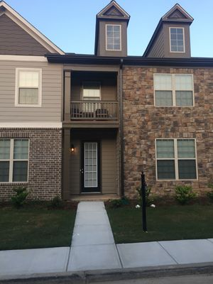 Photo for Chic Modern Style Townhome / Metro ATLANTA Airport*