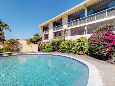 Photo for Beautiful home w/ sweeping ocean views, private pool, hot tub & covered lanai!