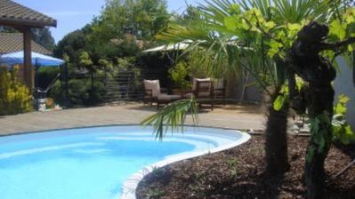 Photo for Large house with swimming pool in the heart of Arcachon Basin