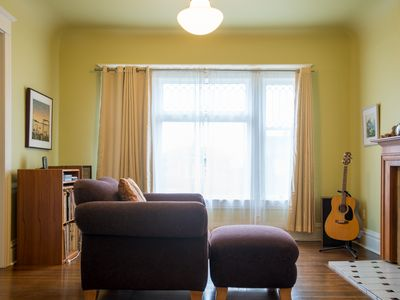 Classic oasis 12 min to Downtown or UW. Near Park and Bus. Free Parking